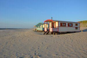 Pipowagens op het strand